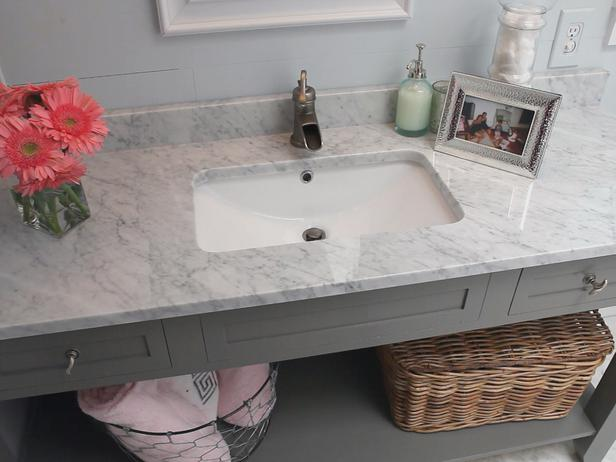 Bathroom Marble countertops