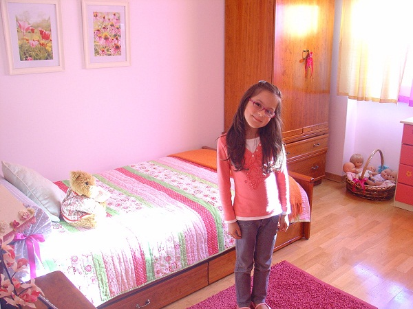 Simple Design Ideas for Girls' Bedrooms