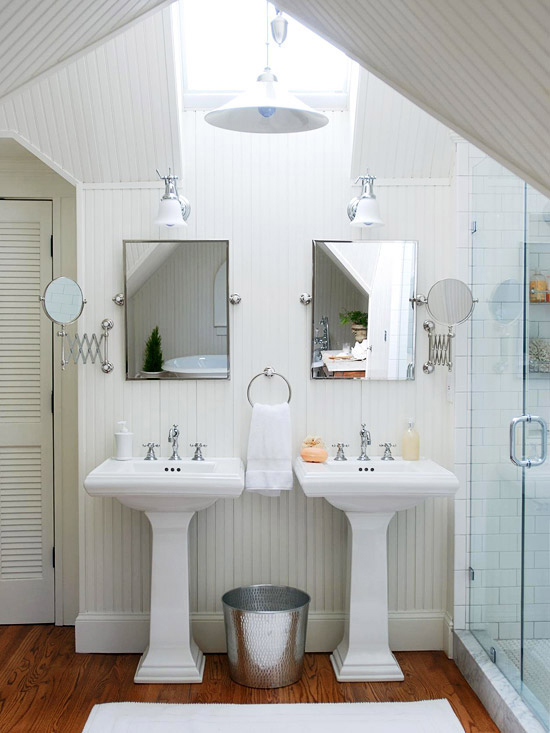 What Colors Make a Small Bathroom Look Bigger