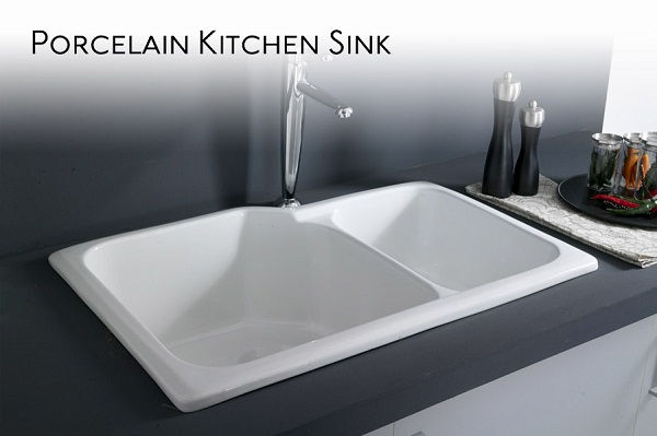 Clean a Porcelain Kitchen Sink with Vinegar