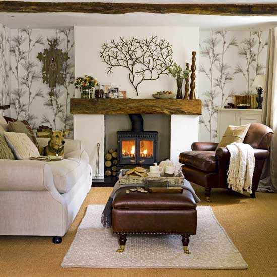 Small living room decorating ideas with fireplace home for Small living room designs 2013