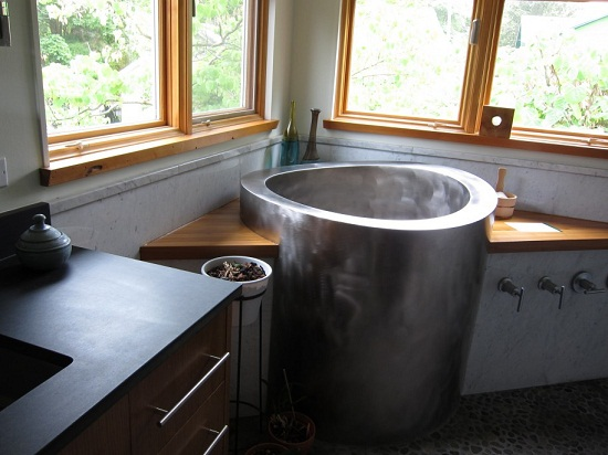 Soaking Tubs for Small Bathrooms | Home Design Tips and Guides