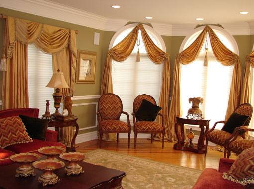 Drapes arched window treatment1 Window Treatments for Bay Windows