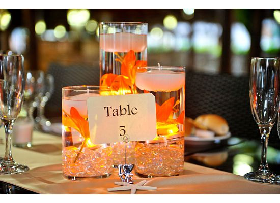Centerpiece With Lights Meaning : Floating candle centerpieces