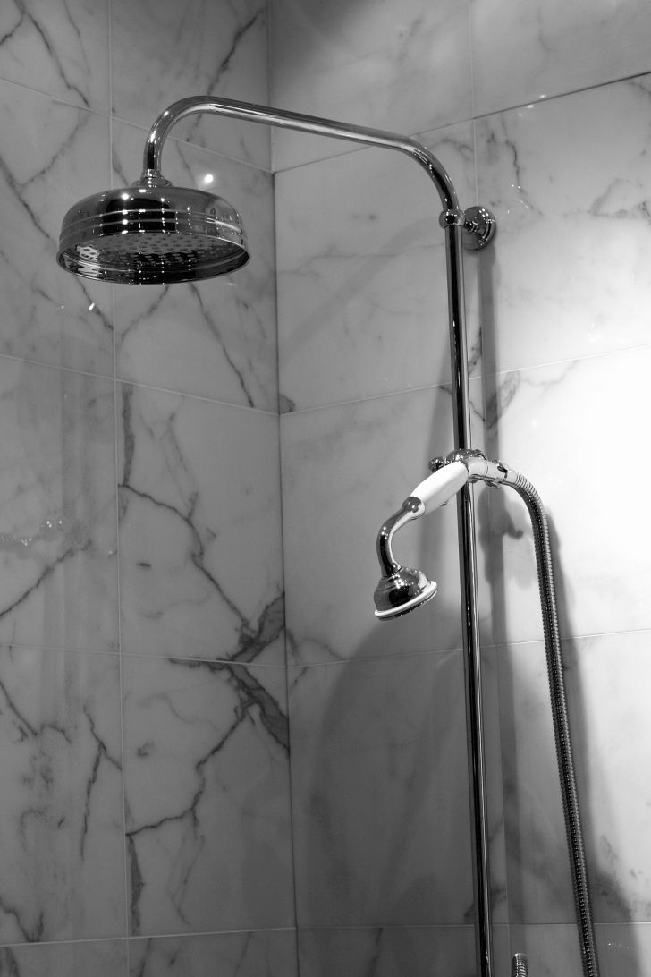 How to clean marble floors home design tips and guides for How to clean a marble shower