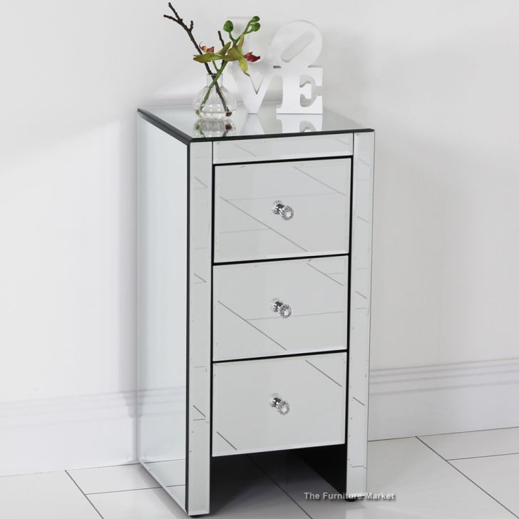 Mirrored Furniture Design Beside Table using 3 Drawer