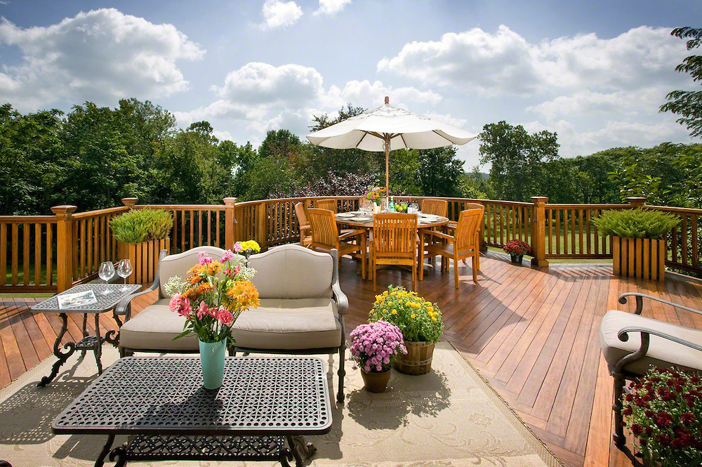 Outdoor Deck Ideas with Furniture