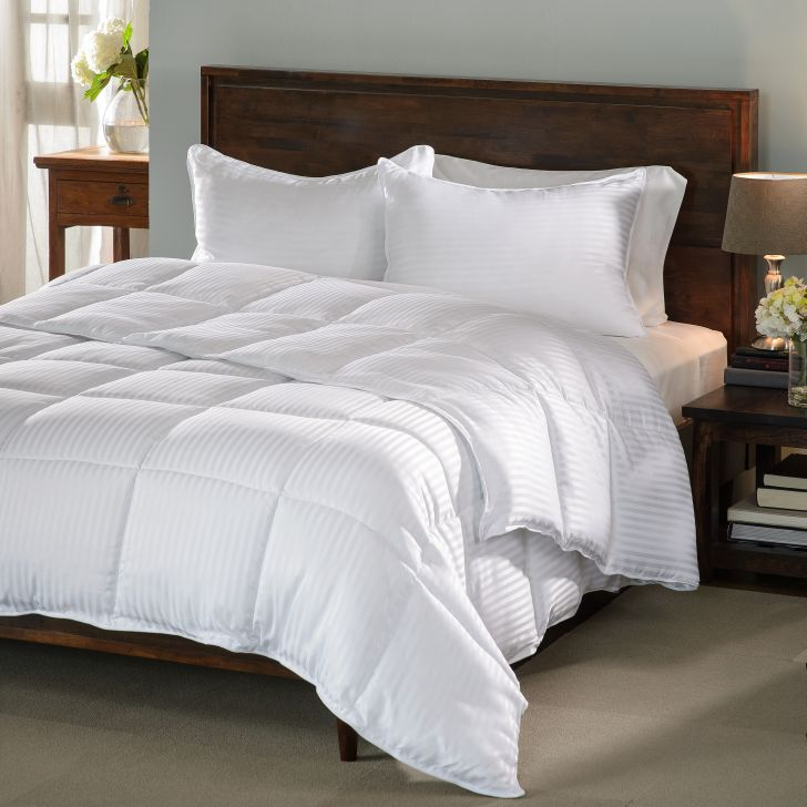 Home Design Down Alternative Comforter Review