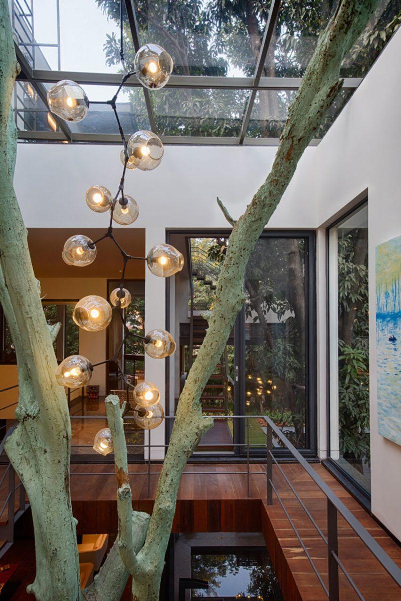 12 Tree House Homes