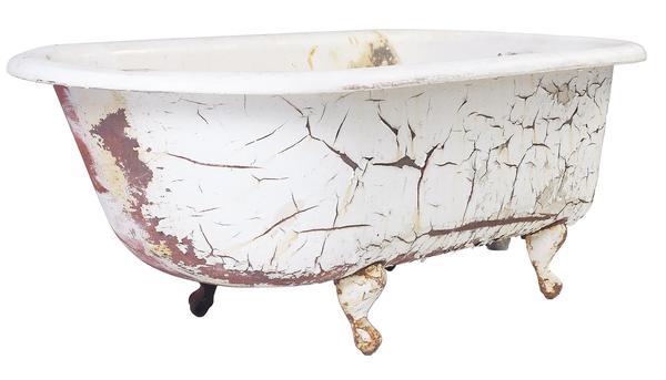 How to Clean a Cast Iron Bath tub