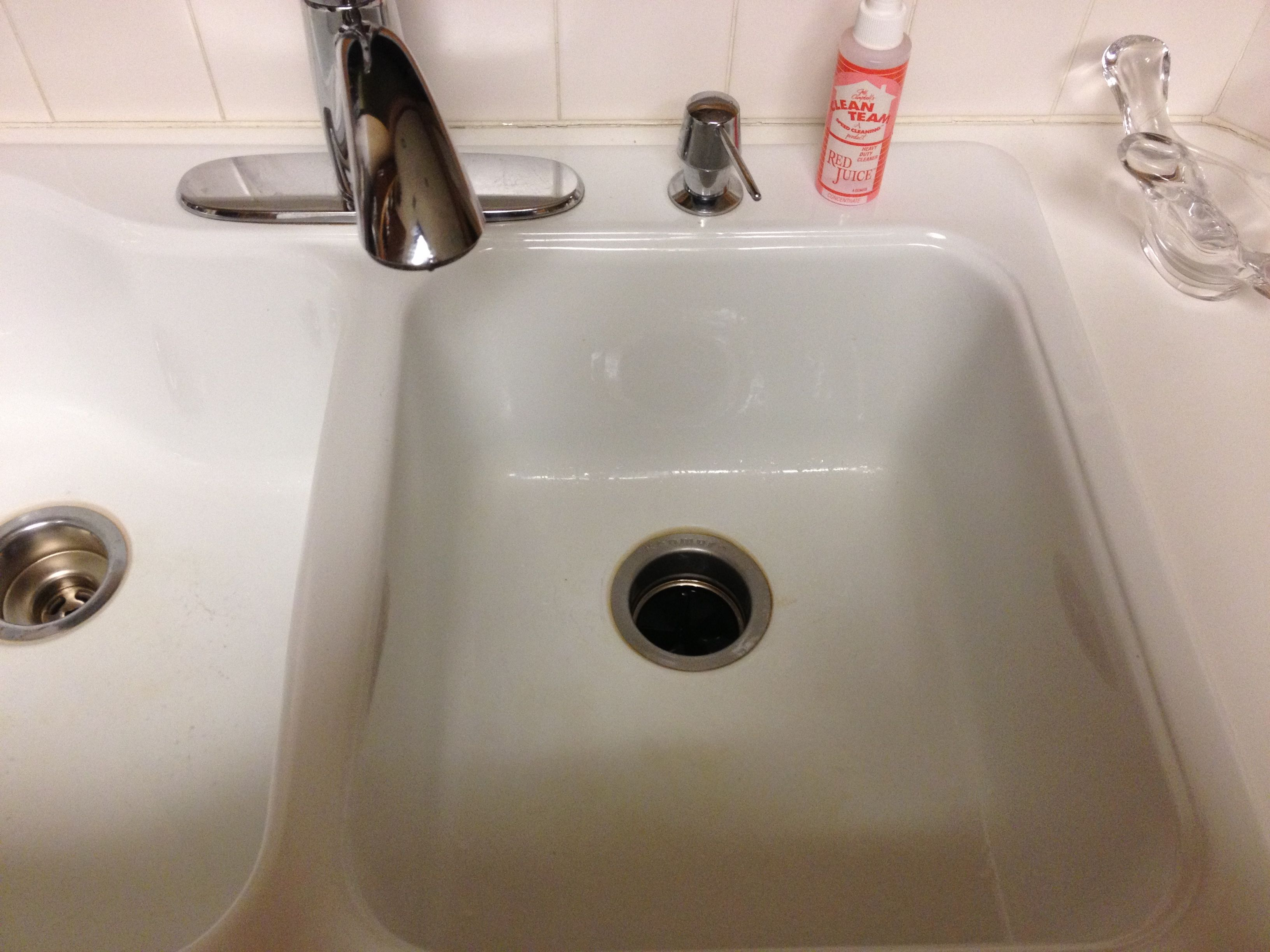 how to clean a porcelain kitchen sink porcelain kitchen sink home design tips and guides 9322