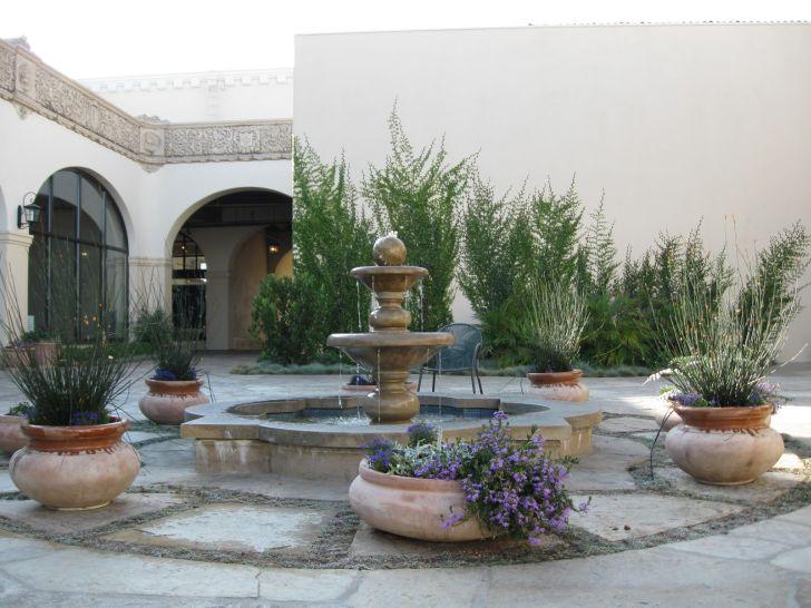 Courtyard Fountains Gresham