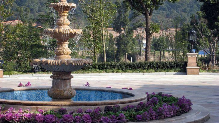 Nine Dragons Resort and Golf Club, courtyard fountain