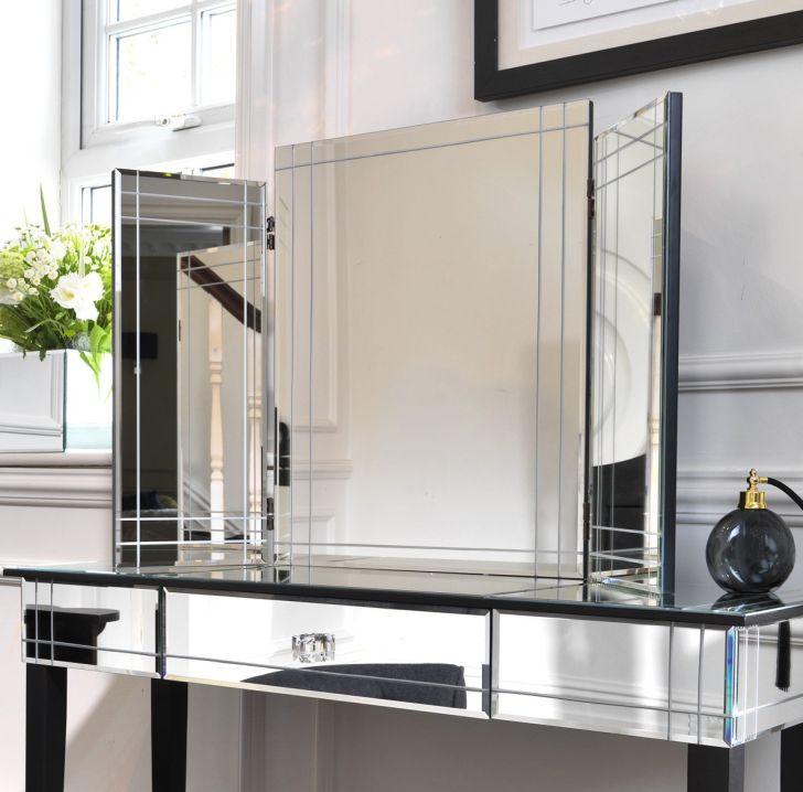 Mirrored Furniture Design Wall