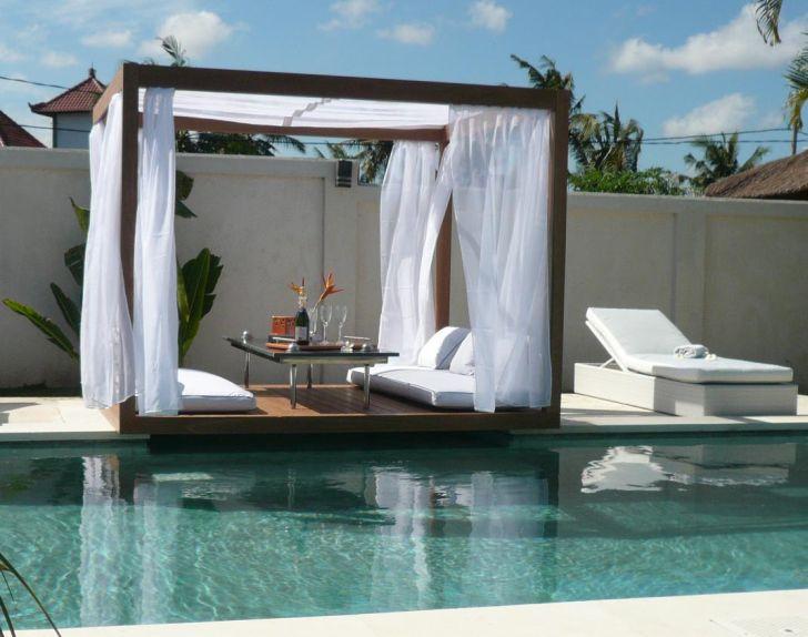 Outdoor Gazebo Design with Romantic Canopy
