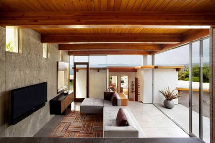 Contemporary Beach Cottage Residence